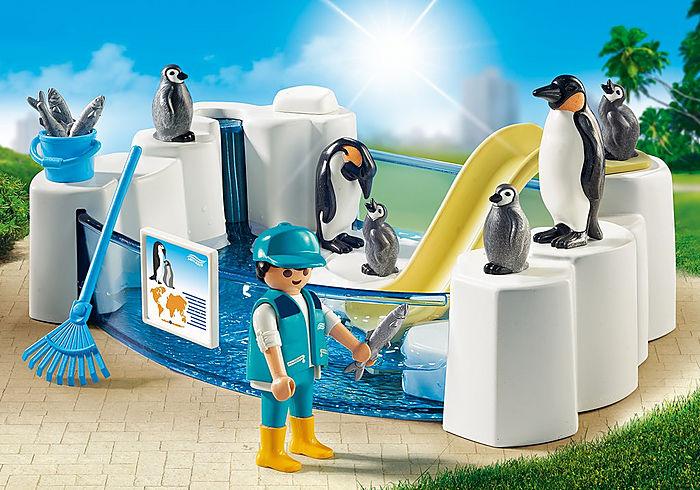 Playmobil Family Fun Penguin Enclosure
